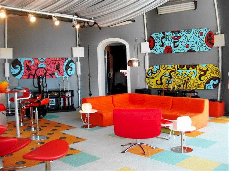 Renkli Kişilikler İçin Renkli Ev Dekorasyonları
