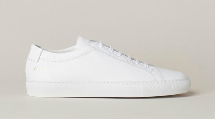 Evdeki Malzemeler ile Beyaz Ayakkabı Temizliği Beyaz Ayakkabı Nasıl Temizlenir?